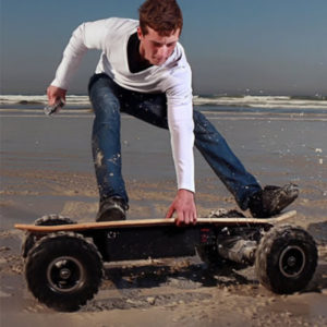 Electric-Skateboard-ePromo-on-Beach